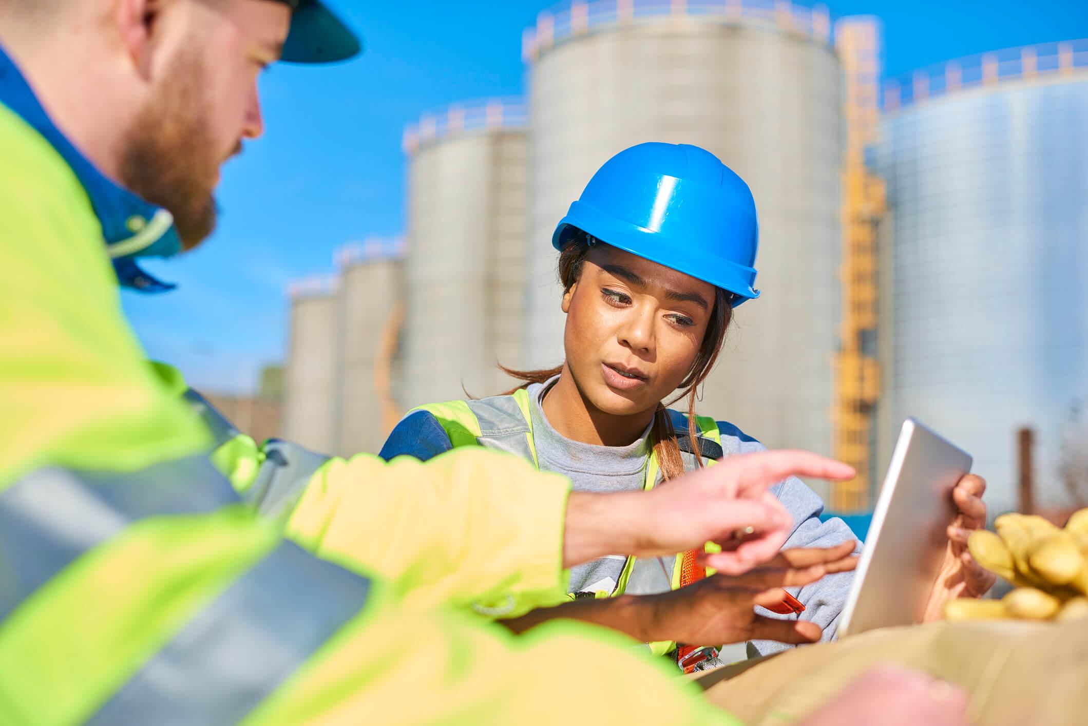 Diário de obra digital: veja 4 benefícios para o controle das atividades